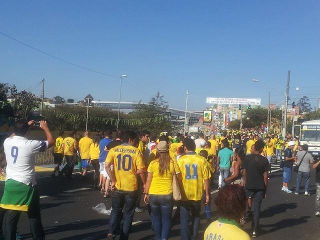 No caminho do estádio