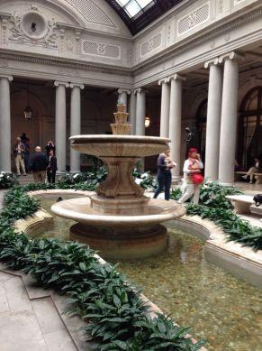 jardim interno, The Frick Collection