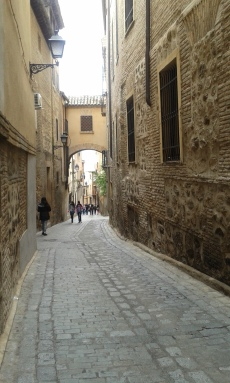 as ruas estreitas de Toledo